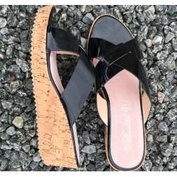 Sandal, sort med korkbund