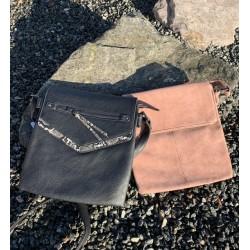 Tasker, sort eller rosa